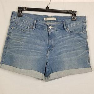 Levi's jean shorts light wash sz 32